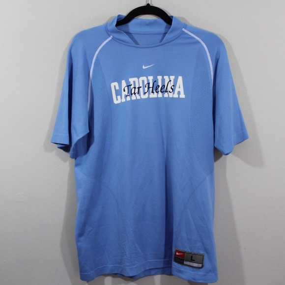 best loved cb2c2 04480 Nike North Carolina Tar Heels Soccer Jersey Large.  M 5aca91b48df4707574b0e2e3